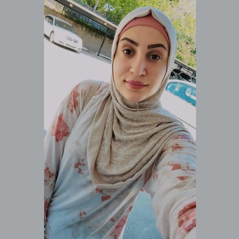 My Muslim friends dirty panties - 5 Pics