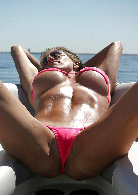 slutty-nude-cameltoe