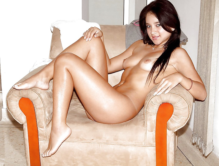 Hot nude colombian girls