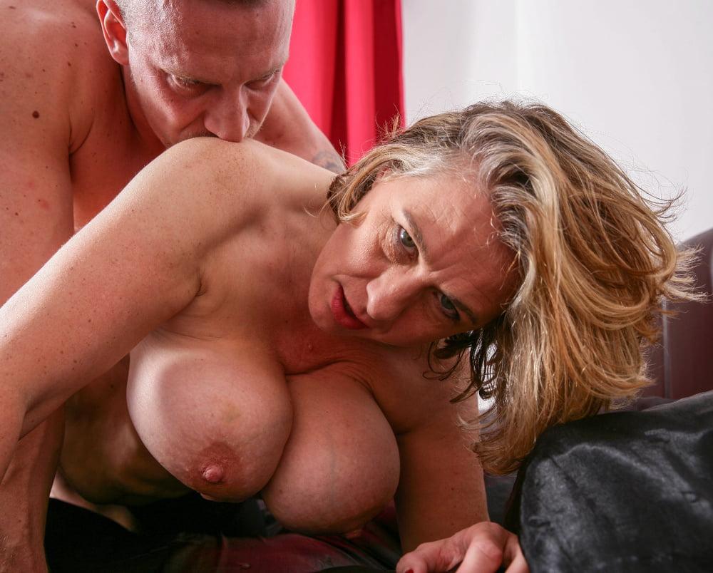 Camilla british mature — photo 3