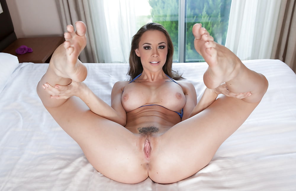 Richelle ryan craving for a cock between her tits and long legs