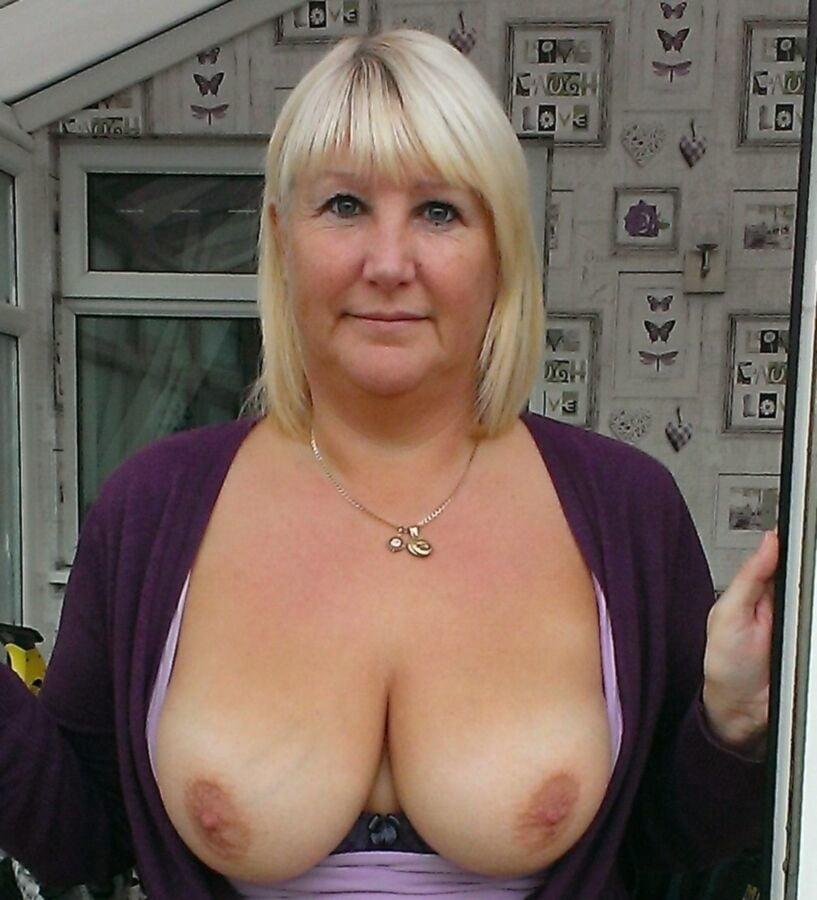 Free hot wife rio pics