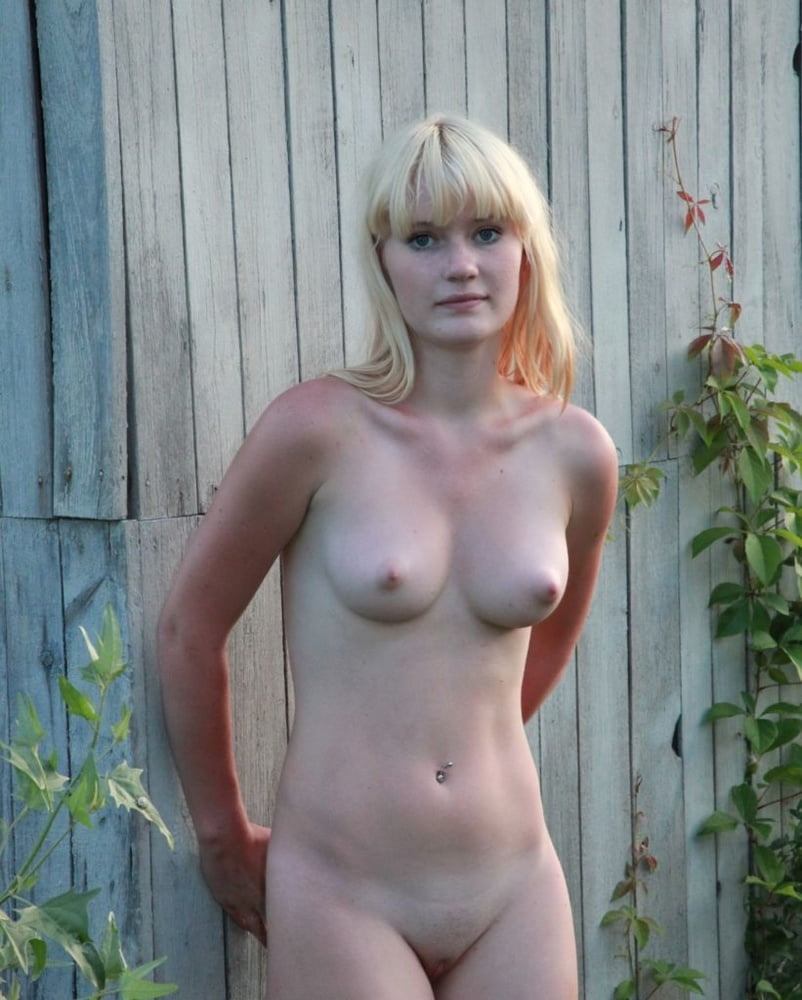 Nudism - 16 Pics