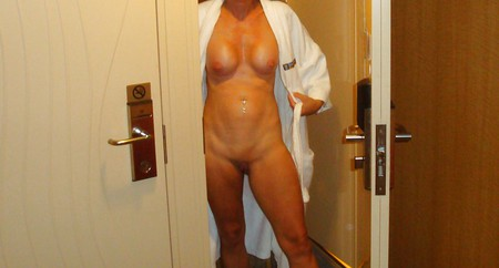Stars Cruise Nude Wife Pictures Pics