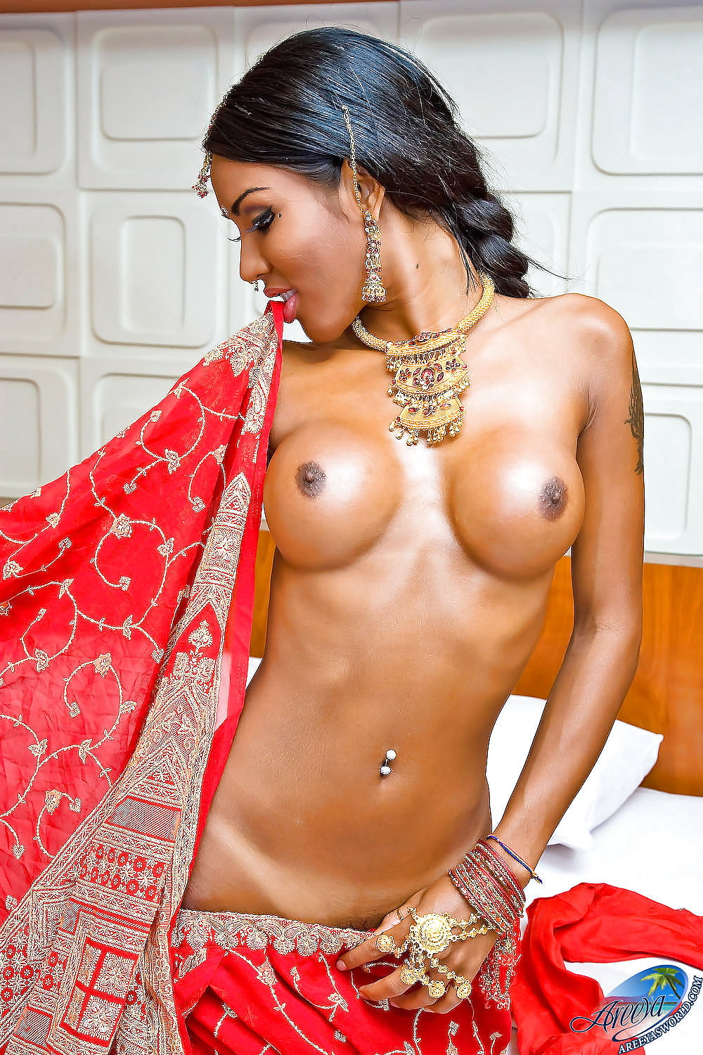 Indian transexual naked — photo 12