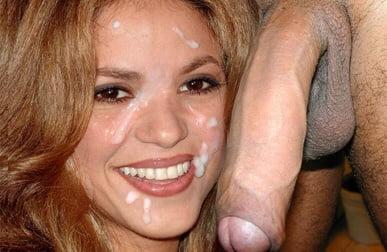 Sakira Naked