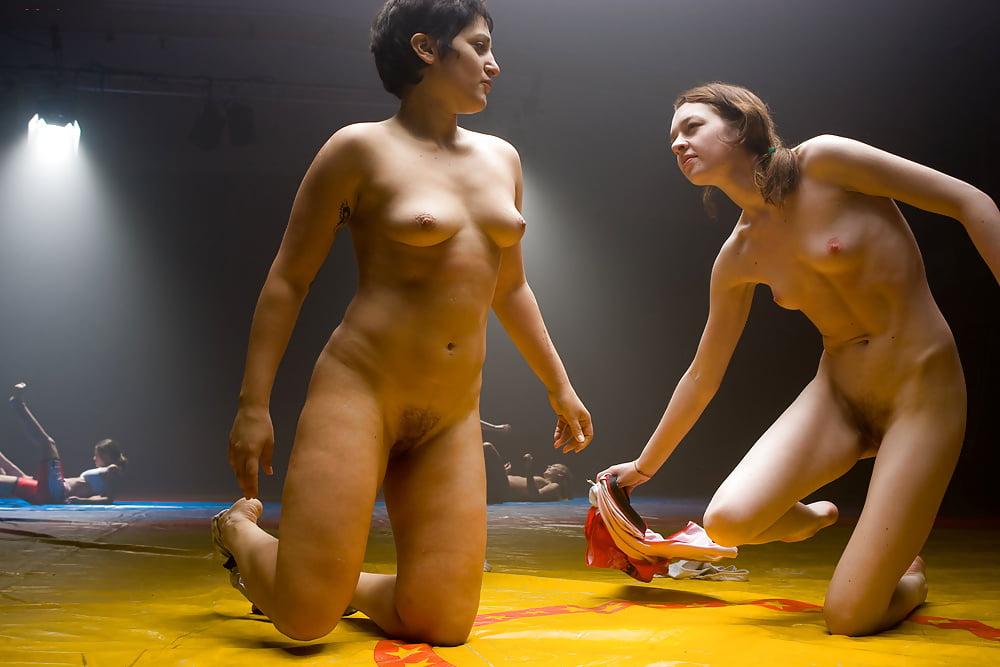 эротическая женские бои