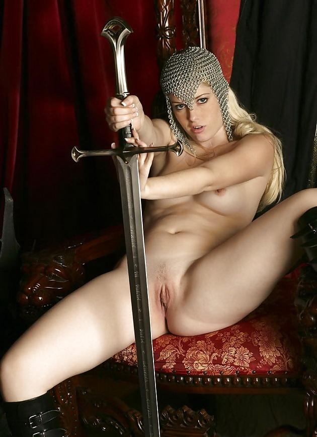 Порно девушки в средневековых костюмах — photo 2