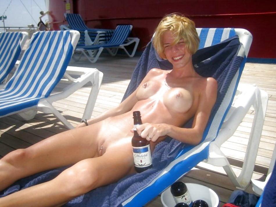 blonde-nudists-free-pics-stripperella-big-ass
