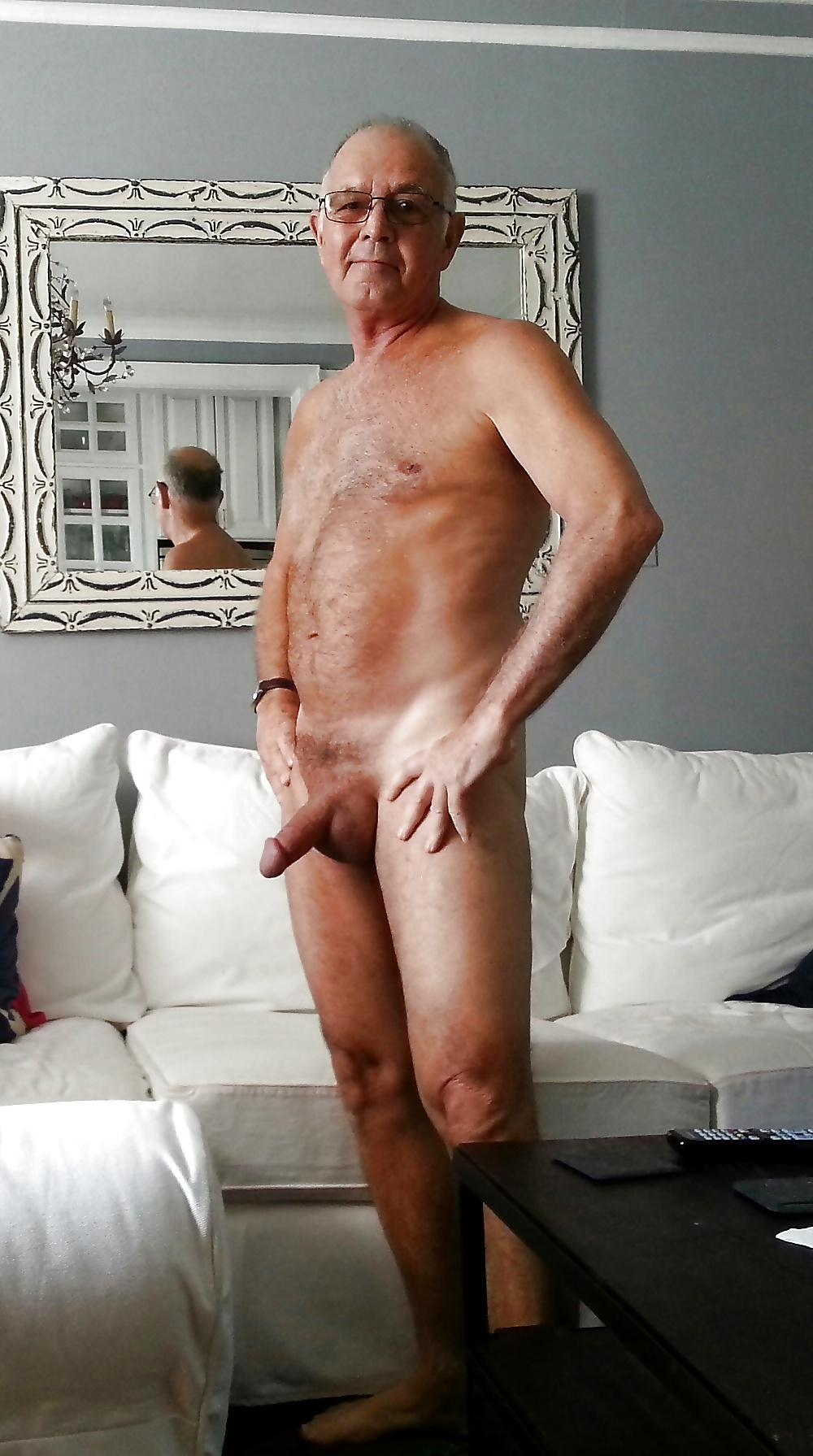 Nude sexy old men — photo 6