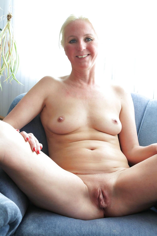 Nude sexy shaved pussies mature s pics bikini contest