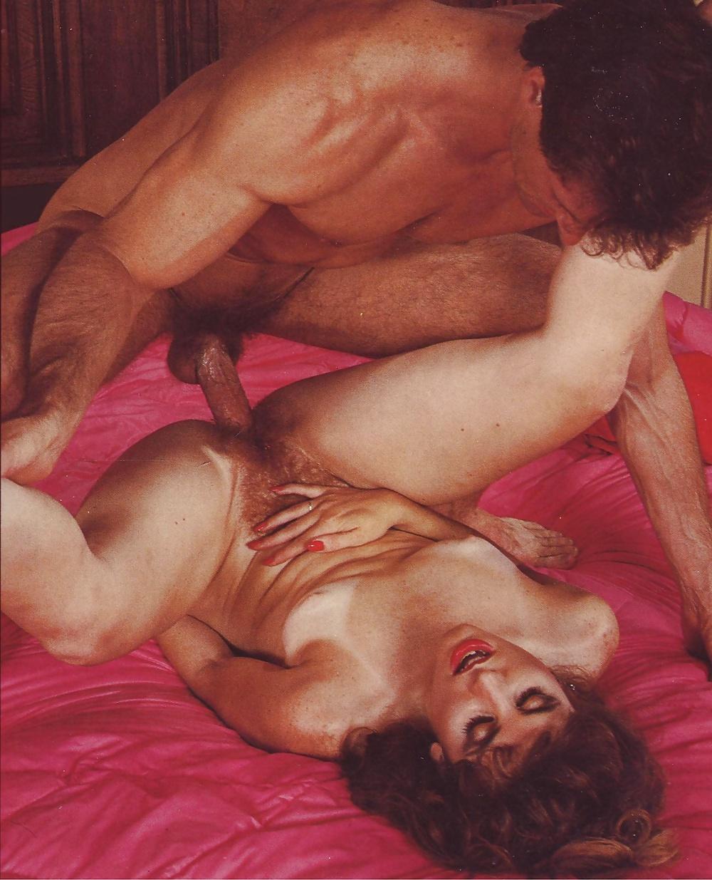 Порно муж спит ретро