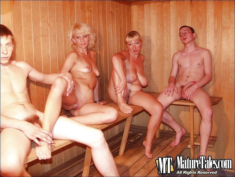 Голые свингеры в бане, до домашки домашнее порно