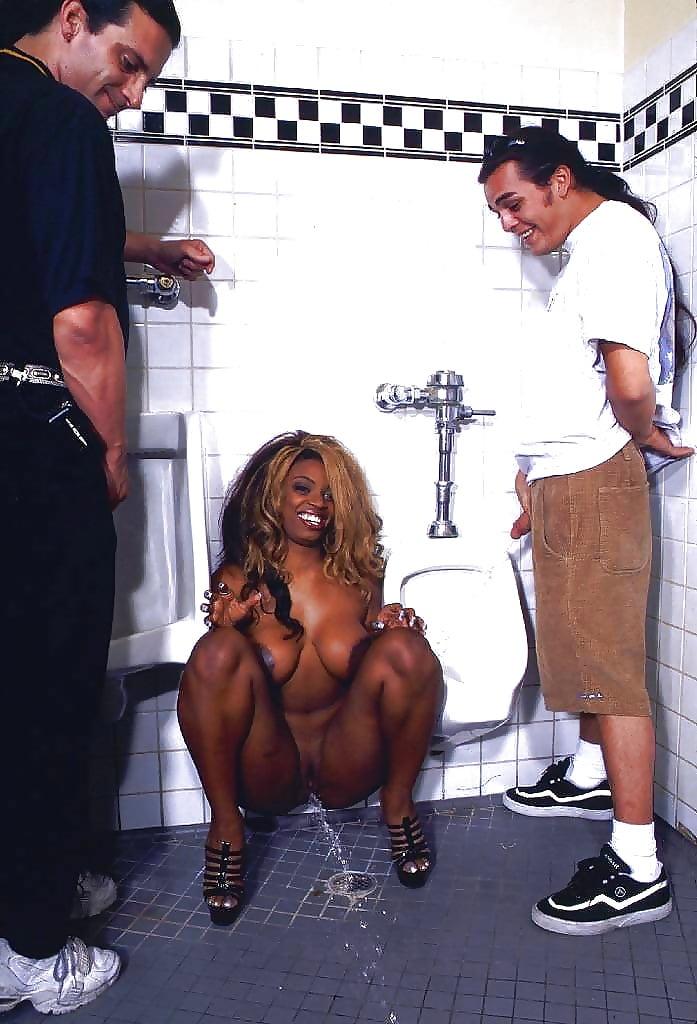 Black girls peeing pics