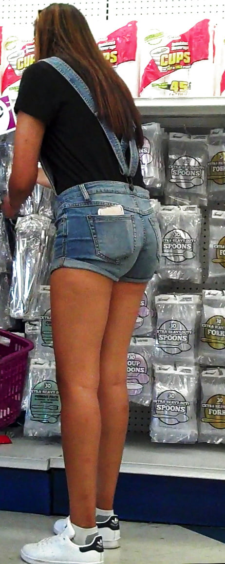 ginny-weirick-in-booty-shorts-porns-omani