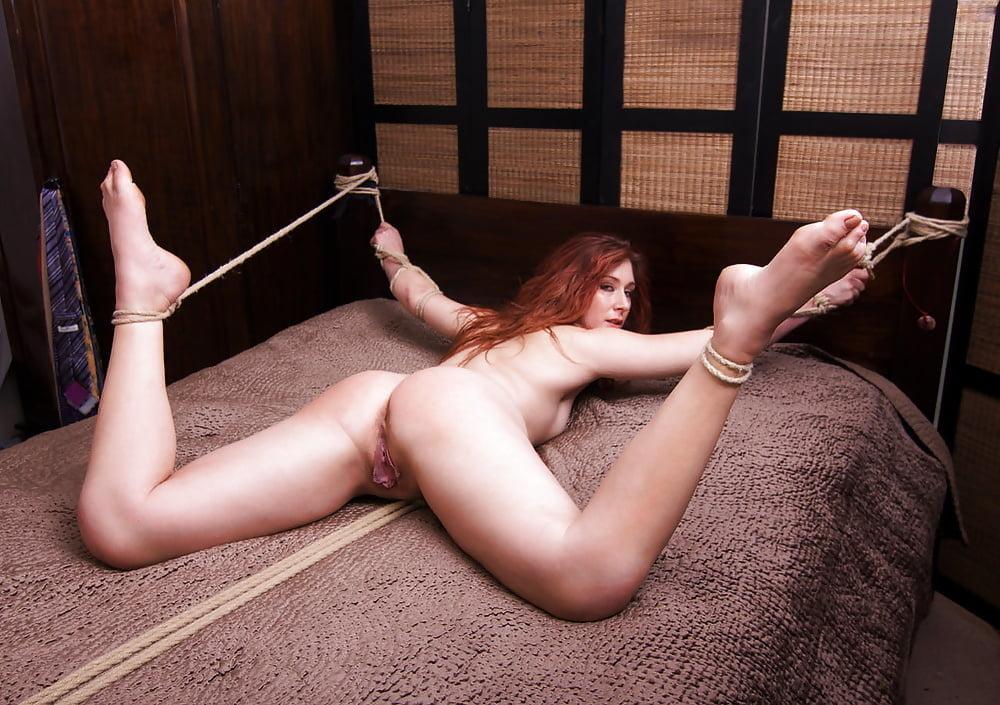 Порно фото с привязанными — 3