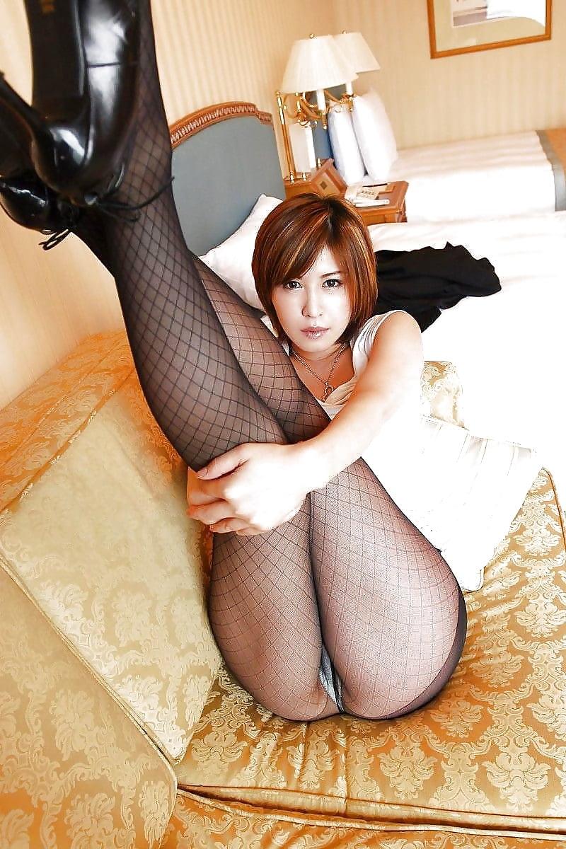 китаянки в колготках порно фото между нами