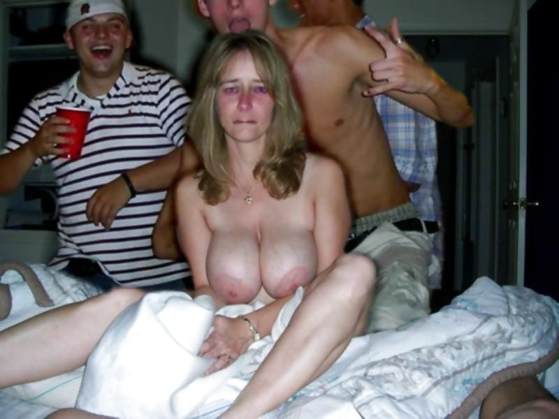 Bad parent nude mom pics