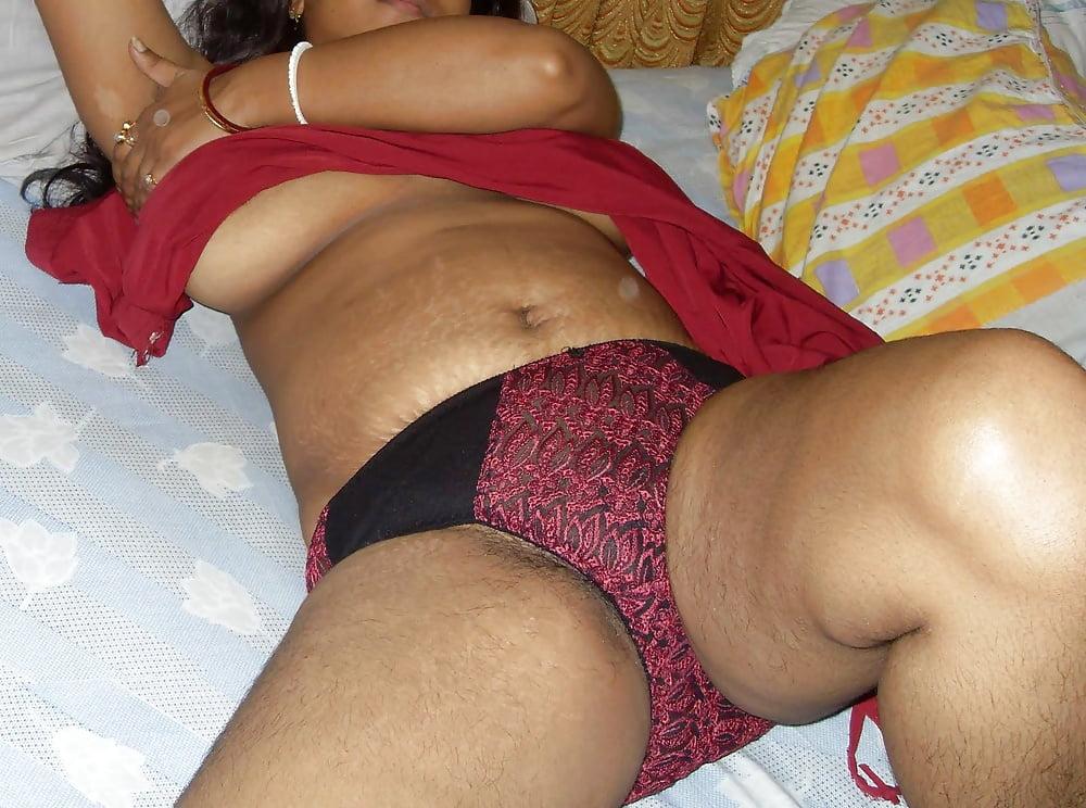 Bengali boudi sexy bra and panty hot