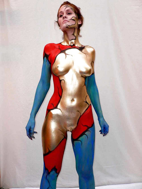 Hot girls in bodypaint
