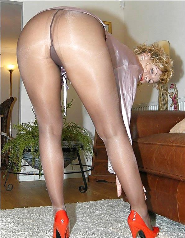 pantyhose-extreme-fetishes