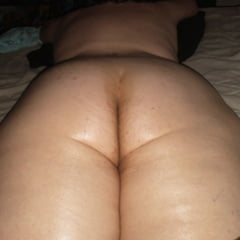 Chubbygushergal's Ass And Feet!