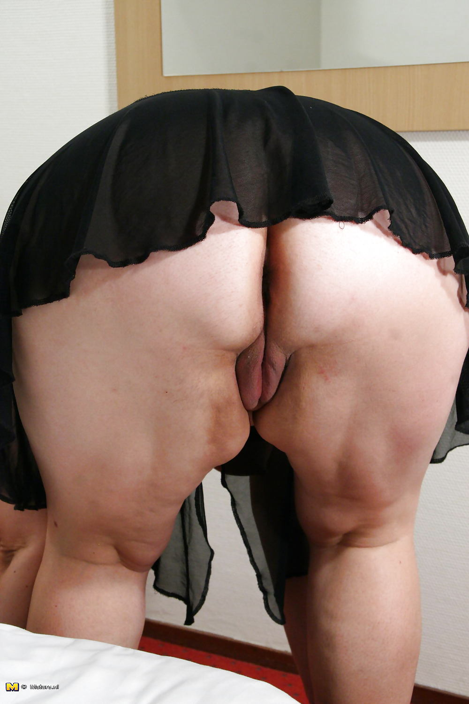 порно пышки в юбках