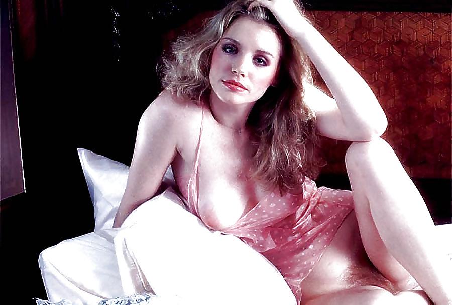 eroticheskoe-foto-shennon-tvid