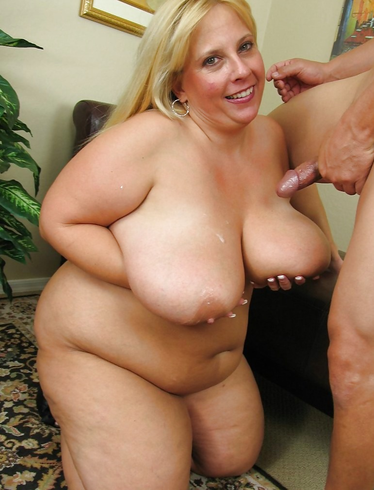 Fat naked blonde women