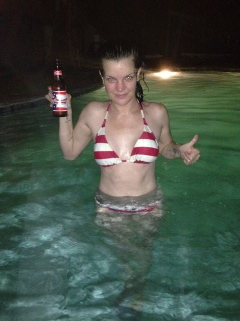Pauley perrette topless