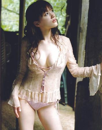 Haruka Ayase  nackt