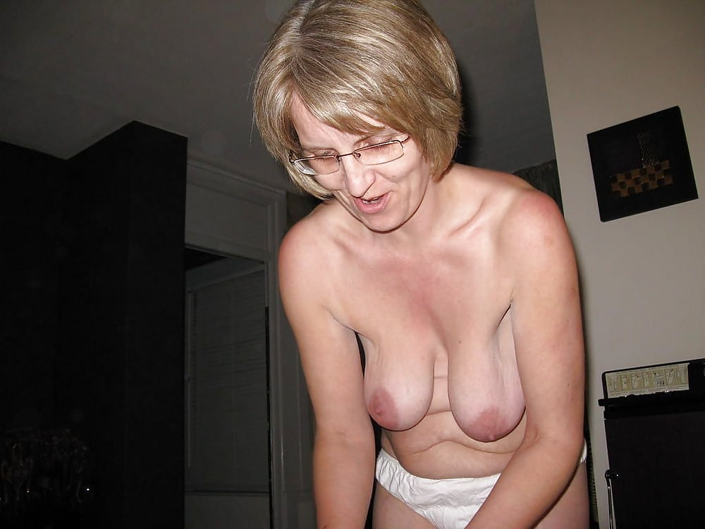 milf-saggy-gallerytures