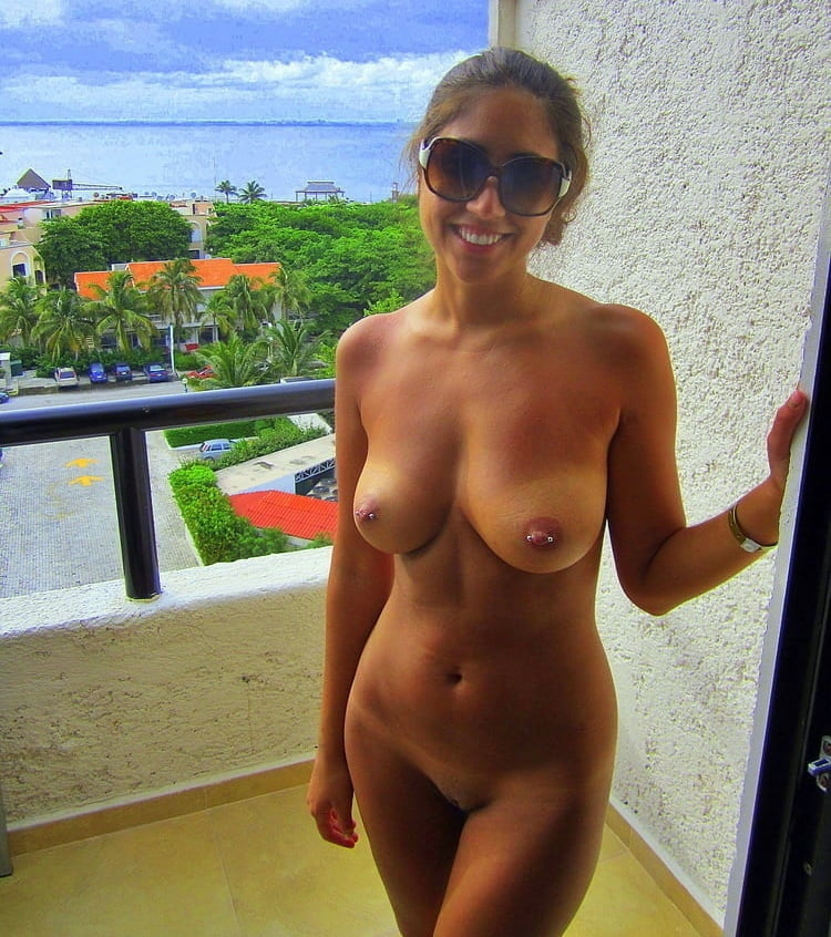Amateur Slim Girl On Vacation 1