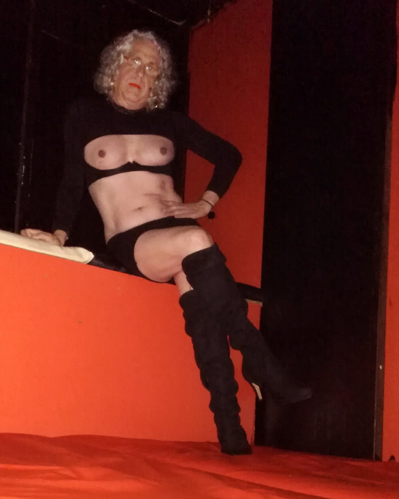 Agent Whore see and save as club whore porn pict - 4crot