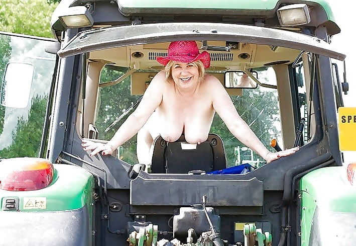 Nude fuck on tractor — 15