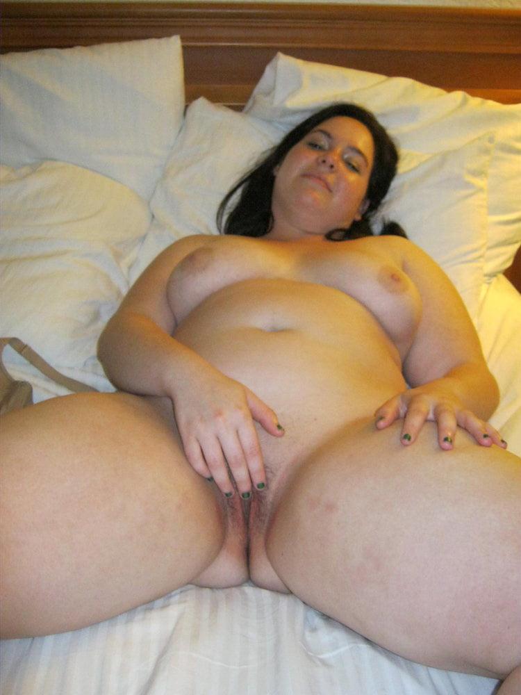 Chubby woman - 5 Pics