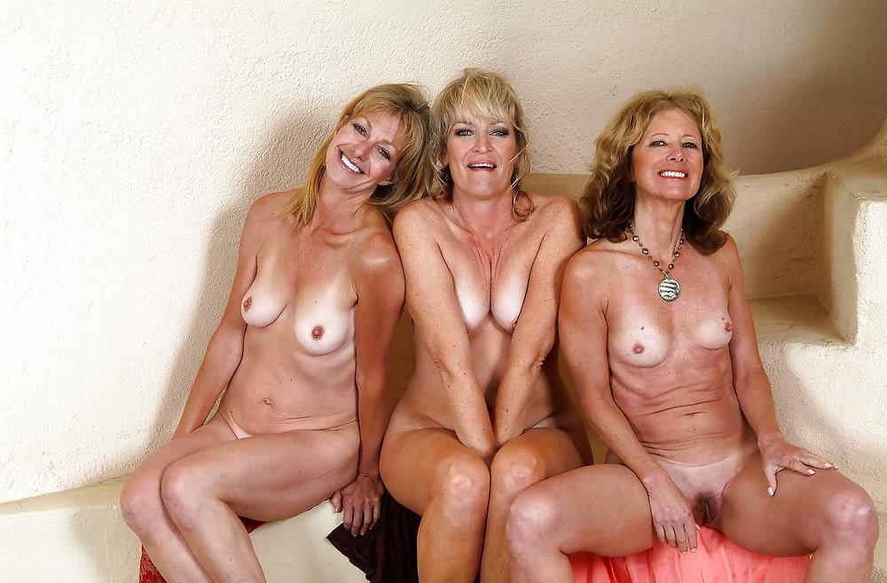 простые женщины всех возрастов в голом виде на фото однажды когда