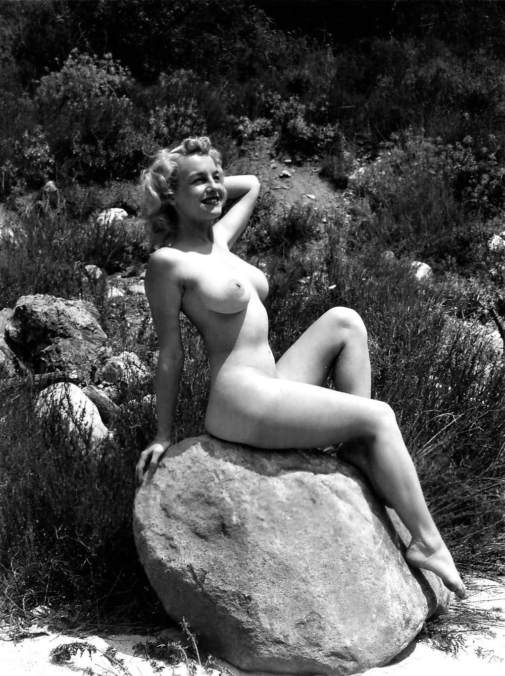 Sexy naked photos of doris day