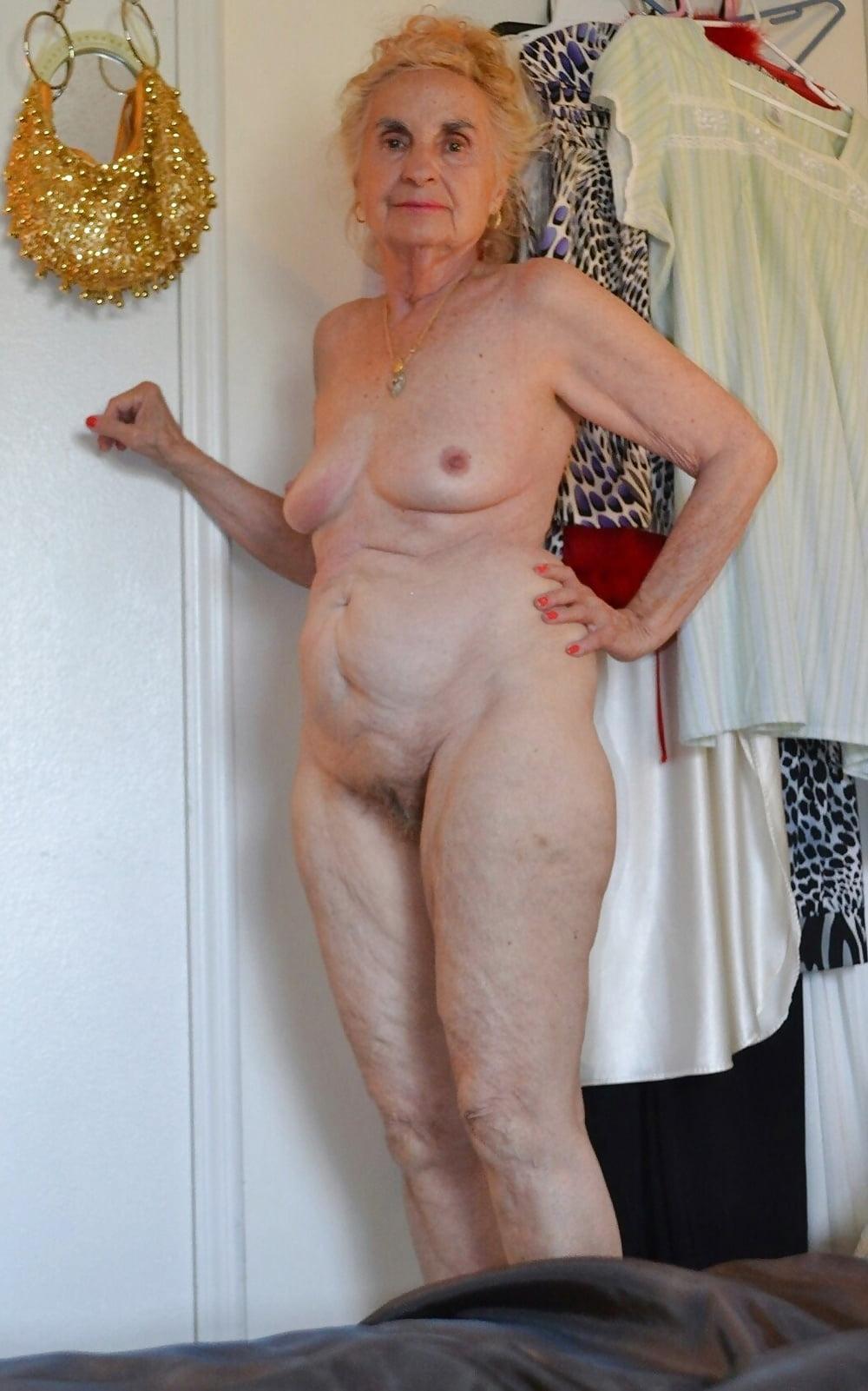 Granny chav nude pic, rockabilly girls in lingerie