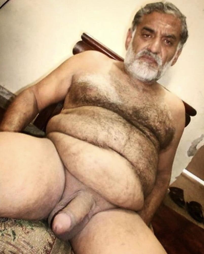 Old arab naked