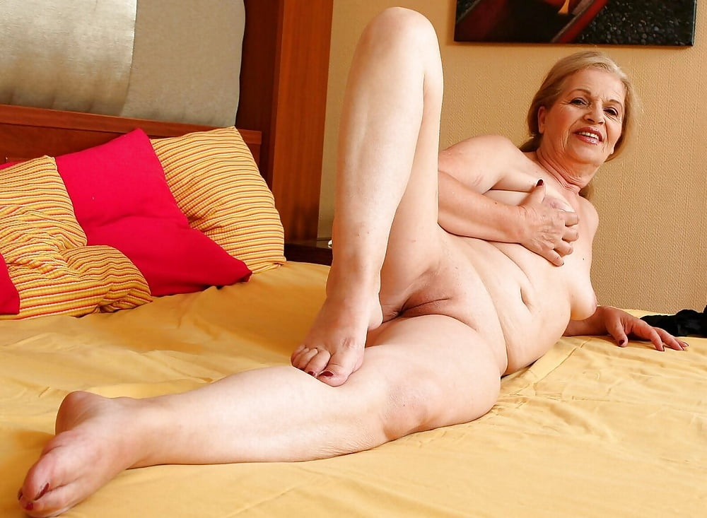 Nude flexible grannies, sexy female gorgeous naked