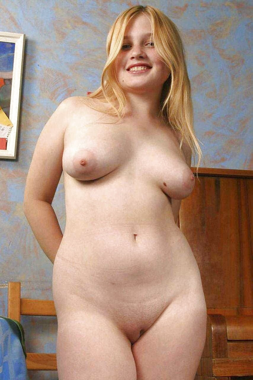 Beautiful naked chubby amateur girls