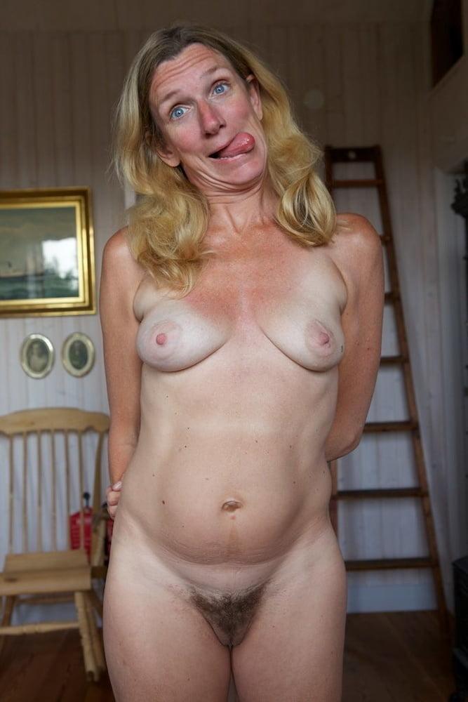 Todays Ladies Next door - 50 Pics
