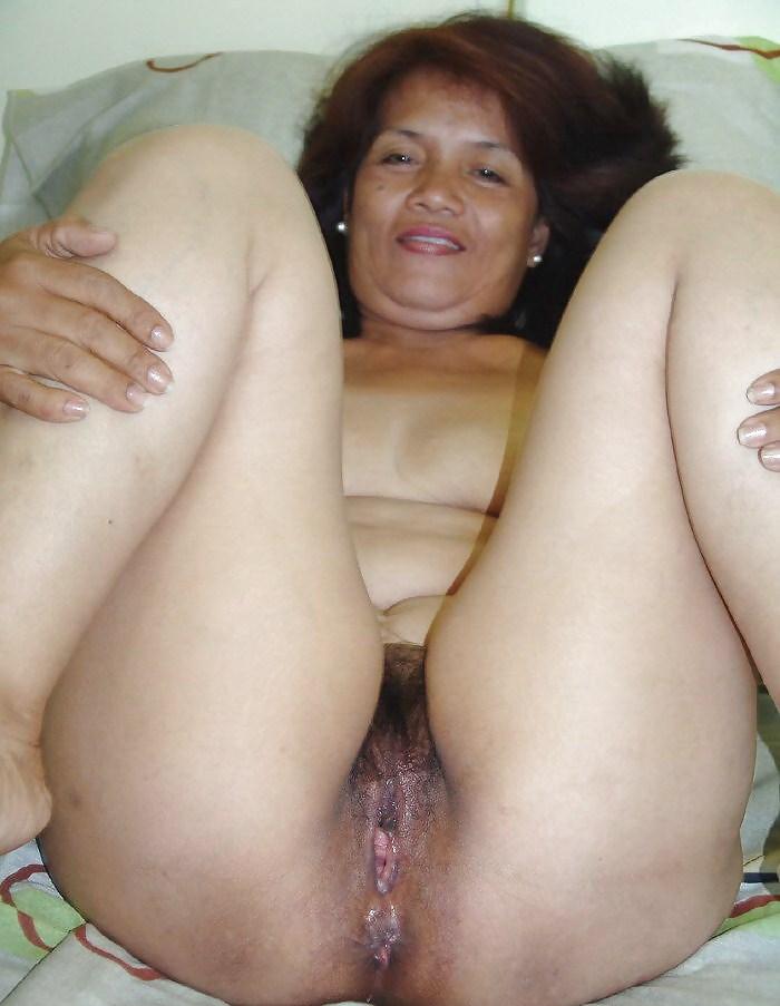 Bold hot filipina granny pussy