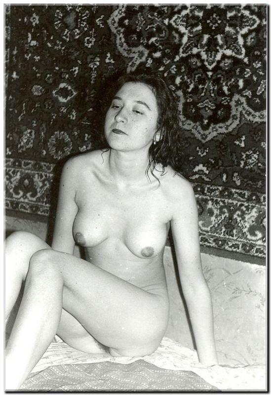 Первые голые женщины съемки в советском союзе черные