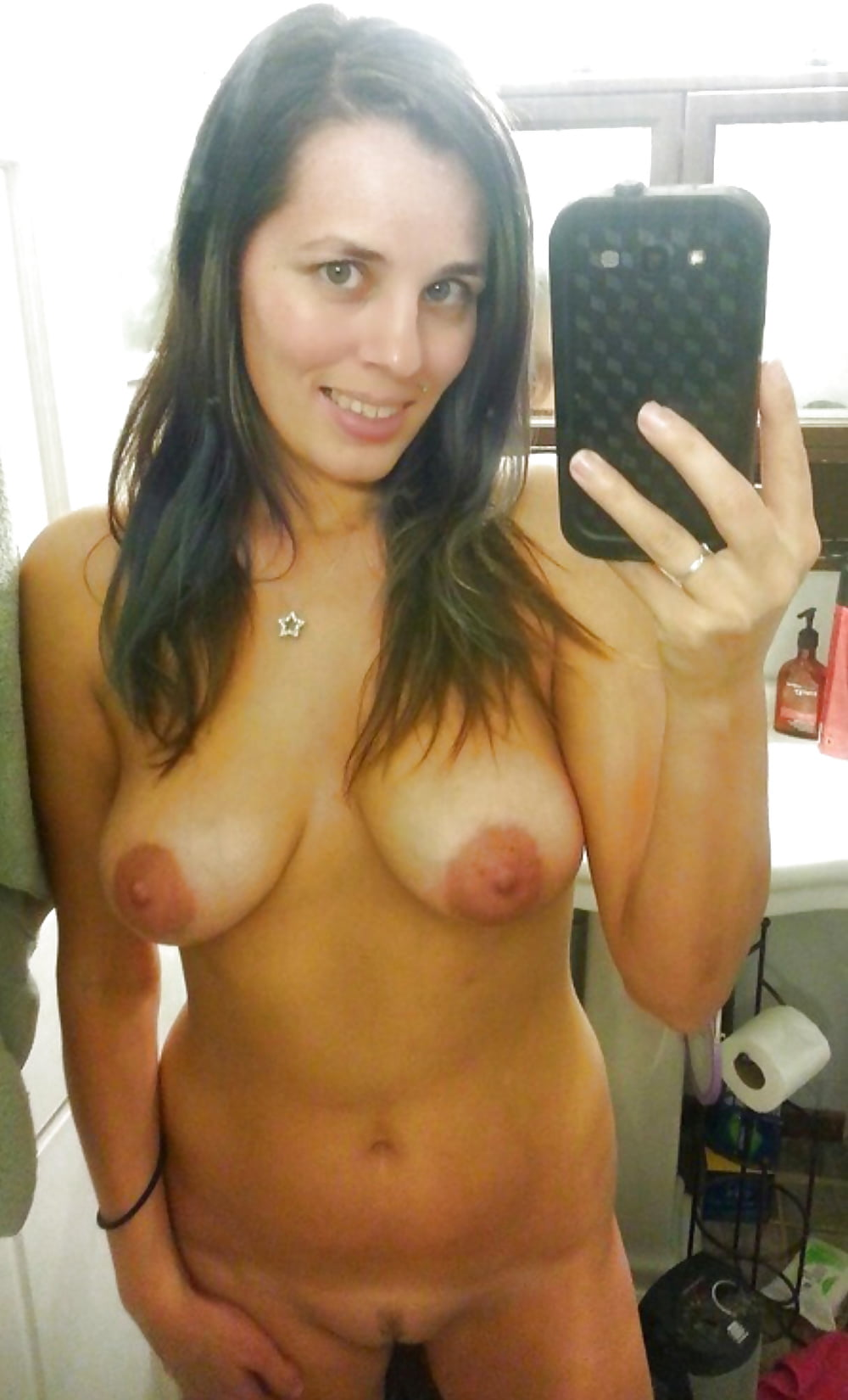 women-at-home-self-shot-nude