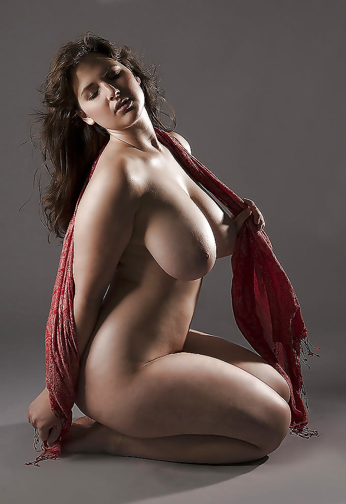 pictures-of-curved-naked-women