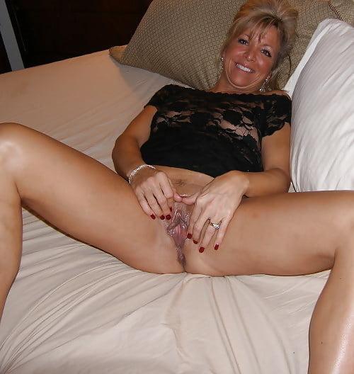 Hot mature mistress