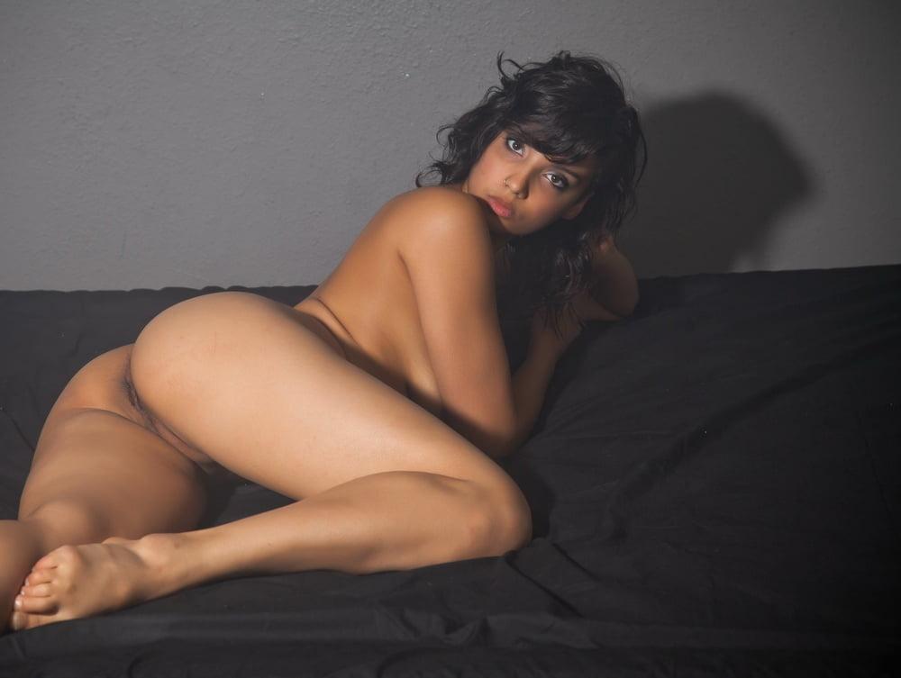 Shanaya naked