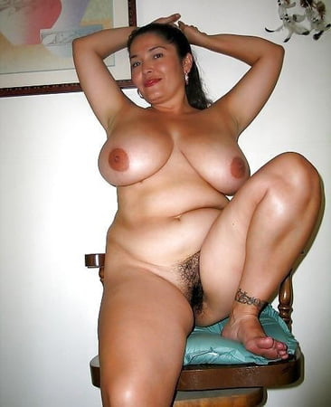 Large open pregnant cunt